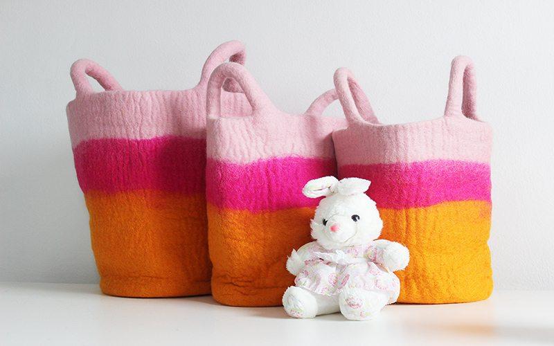 orange-and-pink-storage-basket_felt-basket_felt-bag_wool-bag_new-baby-gift_mk-kids-interiors_small